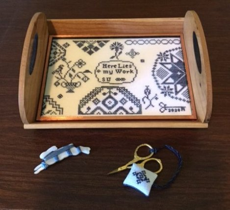 Quaker Work Tray with scissors fob
